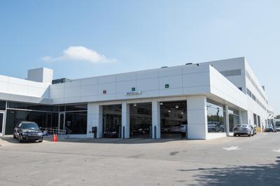 BMW of Dallas Image 8