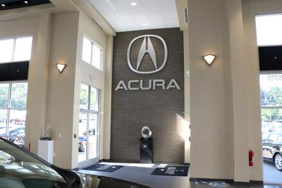 Smail Acura Image 2