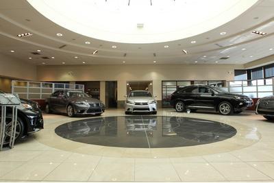 Hendrick Lexus Image 2