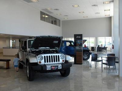 Clear Lake Chrysler Jeep Dodge RAM FIAT Image 2