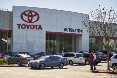 AutoNation Toyota Cerritos Image 5