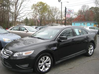 Ford Taurus 2010 for Sale in Charlotte, NC