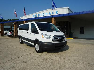Ford Transit-350 2017 for Sale in Thibodaux, LA