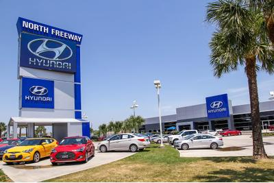 North Freeway Hyundai Image 7