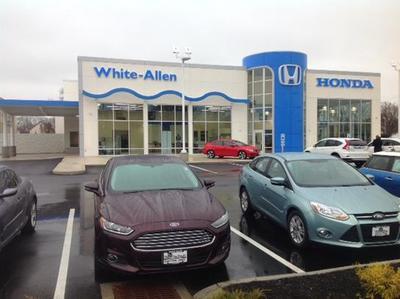 White Allen Honda Image 8