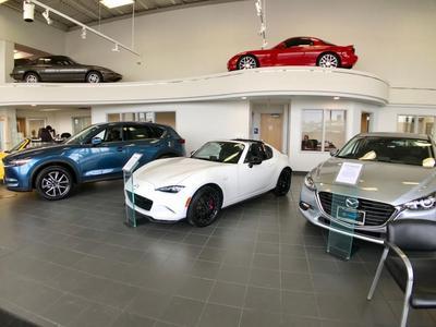 BMW and Mazda of Crystal Lake Image 5