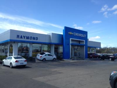 Raymond Chevrolet-Kia Image 3