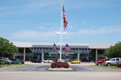 Lou Bachrodt Auto Mall Image 4