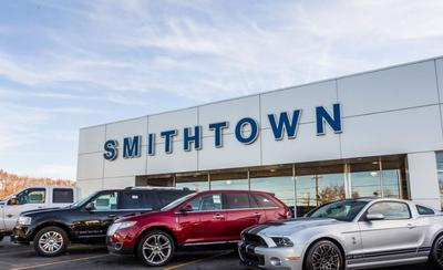 Ford Lincoln of Smithtown Image 8