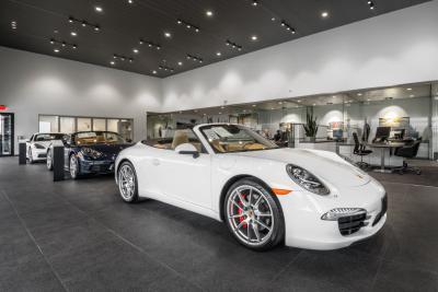 Porsche of South Shore Image 4