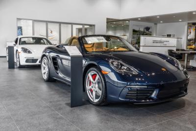 Porsche of South Shore Image 6