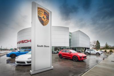 Porsche of South Shore Image 8
