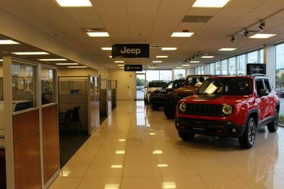 Herb Chambers Chrysler Dodge Jeep RAM FIAT of Danvers Image 4