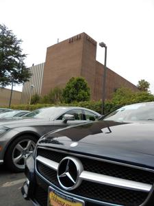 Mercedes-Benz of Beverly Hills Image 2