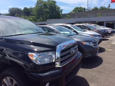 Toyota of Stamford Image 5