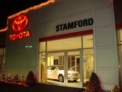 Toyota of Stamford Image 9