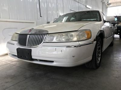 2000 Lincoln Town Car Signature for sale VIN: 1LNHM82W5YY907116