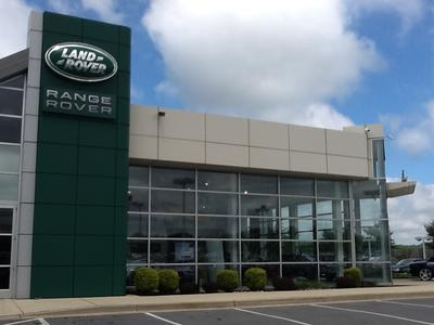 Jaguar Land Rover of West Columbia Image 2