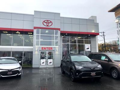Toyota of Hackensack Image 6