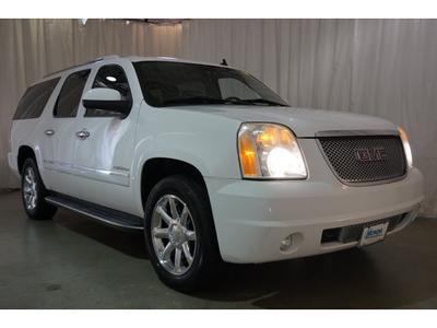 GMC Yukon XL 2010 for Sale in Toms River, NJ