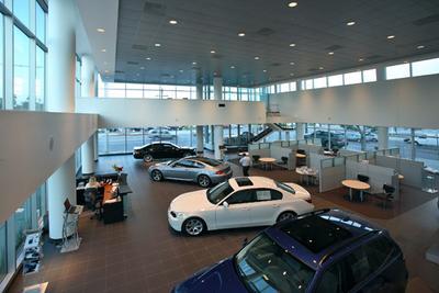 Center BMW Image 1
