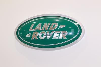 Jaguar Land Rover Porsche Volvo Cars of Greenville Image 4