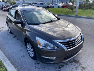 Nissan Altima 2014 for Sale in Fort Pierce, FL