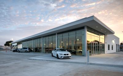 BMW MINI of Arlington Image 1
