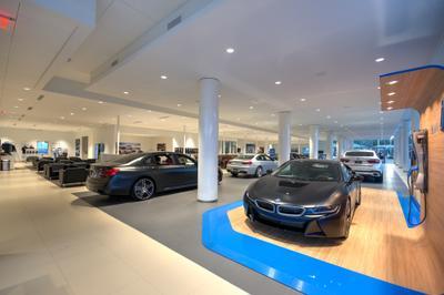 BMW MINI of Arlington Image 3