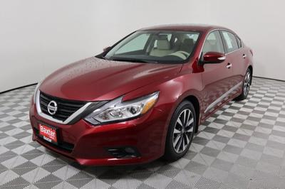 Nissan Altima 2017 for Sale in Lincoln, NE