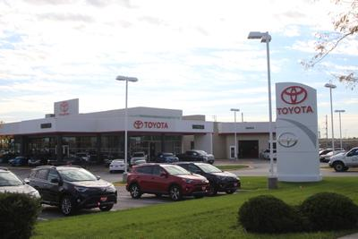 Baxter Toyota Lincoln Image 3