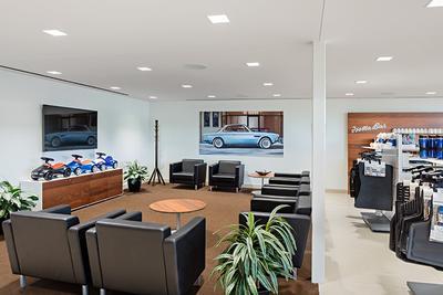 BMW of Westlake Image 5