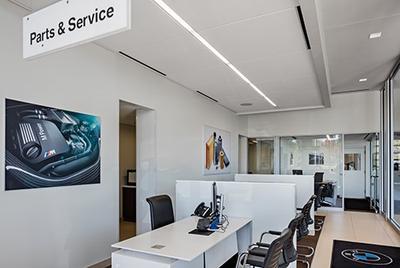 BMW of Westlake Image 6