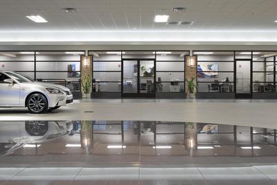 Koons Lexus of Wilmington Image 6