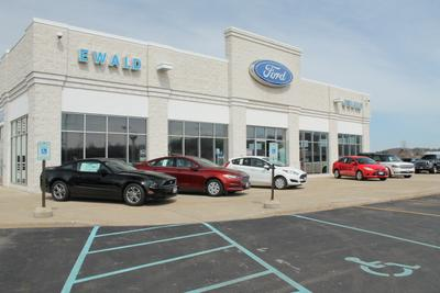 Ewald's Hartford Ford Image 3