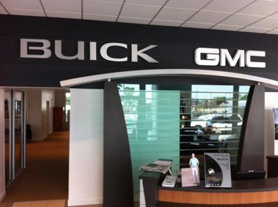 Black Buick GMC Image 3