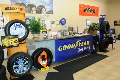 Dale Howard Auto Center Image 6