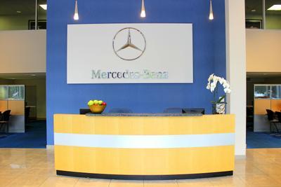 Mercedes-Benz of Natick Image 8