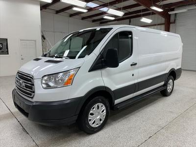 Ford Transit-250 2018 for Sale in Modesto, CA