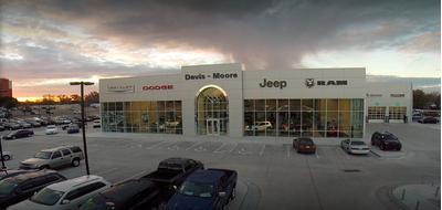 Davis-Moore Chrysler, Dodge, Jeep, Ram, Fiat Image 3