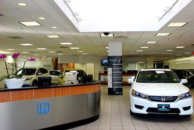 Herb Chambers Honda in Boston Image 6
