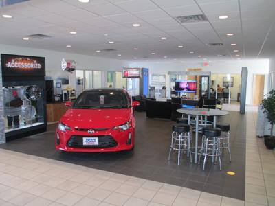 Toyota World of Lakewood Image 6