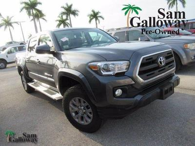 Toyota Tacoma 2017 for Sale in Fort Myers, FL