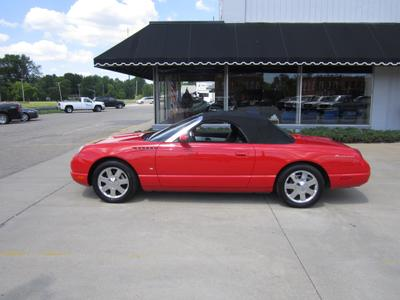 Ford Thunderbird 2003 for Sale in Richmond, MI