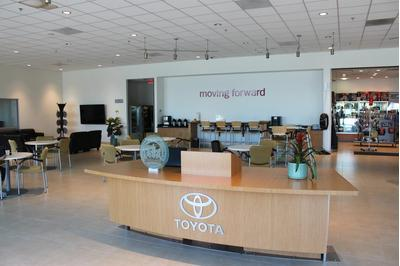 Toyota Certified Center of Santee Image 4