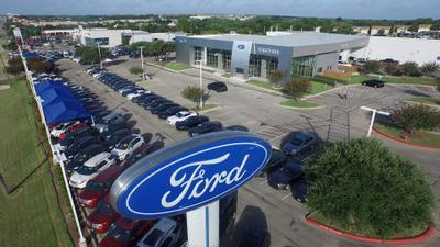 Maxwell Ford Supercenter Image 3