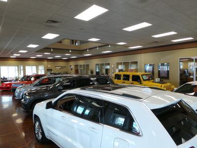 Chrysler World Image 4