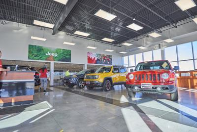 AutoNation Chrysler Jeep Broadway Image 7