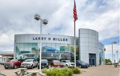 Larry H. Miller Ford Lakewood Image 5