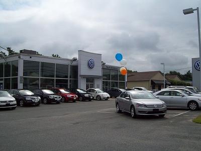 Volkswagen of North Attleboro Image 8
